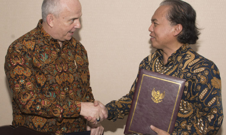 Republic of Indonesia and the United States of America Sign a Letter of Intent on Promoting Strong Cyber Space Cooperation (State Dept. / Budi Sudarmo)