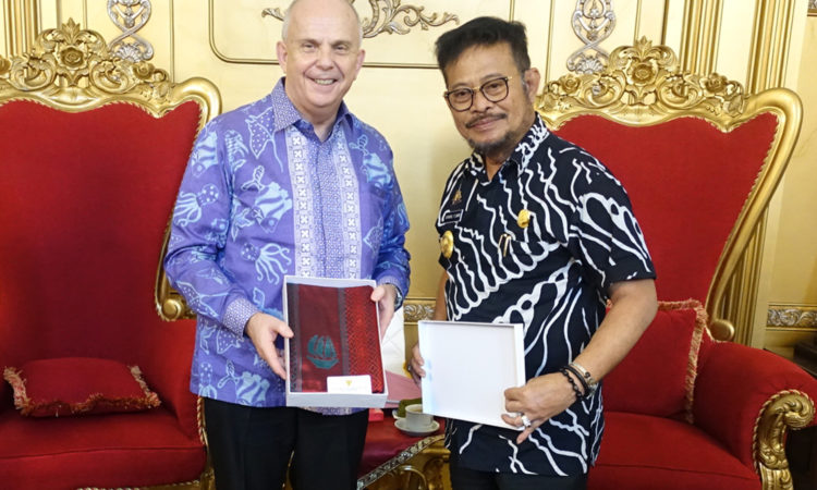United States Ambassador Promotes U.S.-Indonesian Economic, Strategic and People-to-People Ties in South Sulawesi (State Dept./ U.S. Consulate General Surabaya)