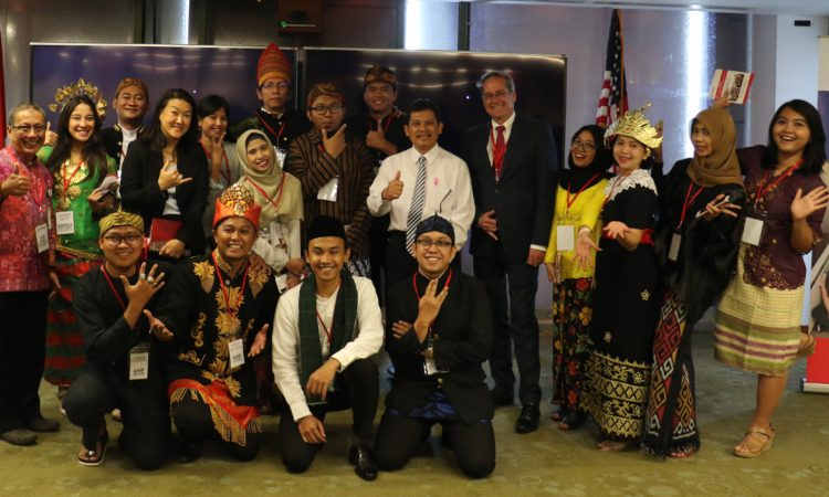U.S. and Indonesia Celebrate Indonesia's Future Leaders in Send Off Ceremony for USAID PRESTASI Scholars (USAID)