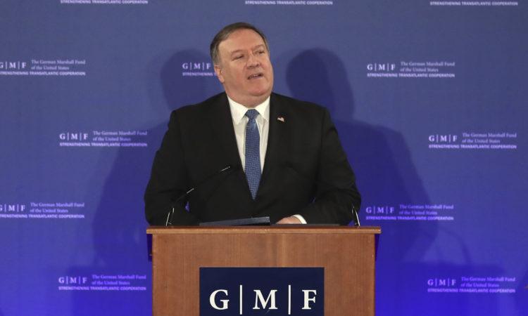 Pernyataan oleh Menlu Pompeo mengenai Memulihkan Peran Negara-Bangsa dalam Tatanan Internasional Liberal (State Dept. / AP Images)