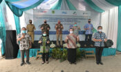 U.S. Provides Handwashing Stations to Indonesia to Battle COVID-19 (USAID / State Dept.)