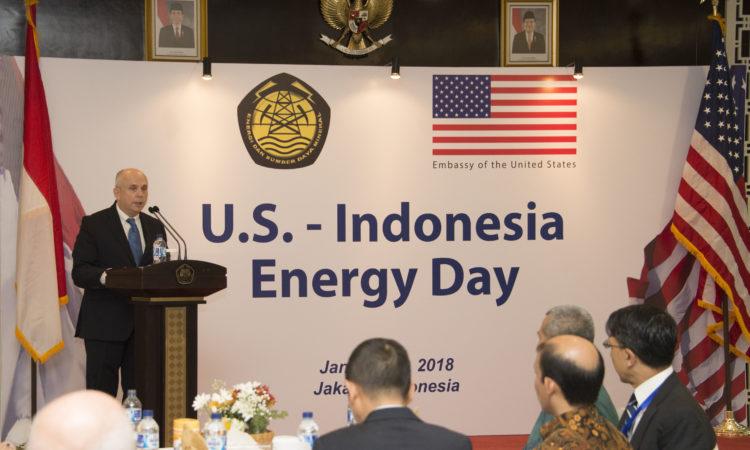 U.S. Ambassador Joseph R. Donovan's Remarks on U.S.-Indonesia Energy Day (State Dept. / Budi Sudarmo)