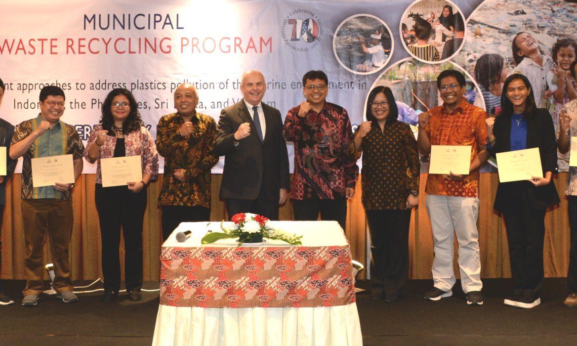 AS dan Indonesia Perangi Sampah Plastik di Laut (State Dept. / Erik A. Kurniawan)