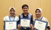 ALLI participants from Indonesia (left to right): Siti Fuadilla Alchumaira, Muhammad Rezki Achyana, and Siti Nisrina Hasna Humaira (State Dept.)