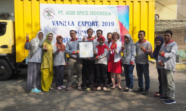 USAID and Partners in Indonesia Expand Market Access for Small-Scale Spice Farmers 1