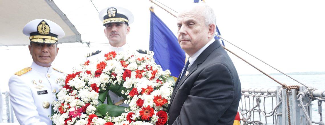 Duta Besar Donovan Pada Acara Peringatan USS Houston