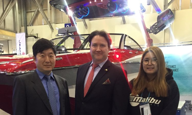 Chargé d' Affaires Marc Knapper Attends Busan International Boat Show 2017