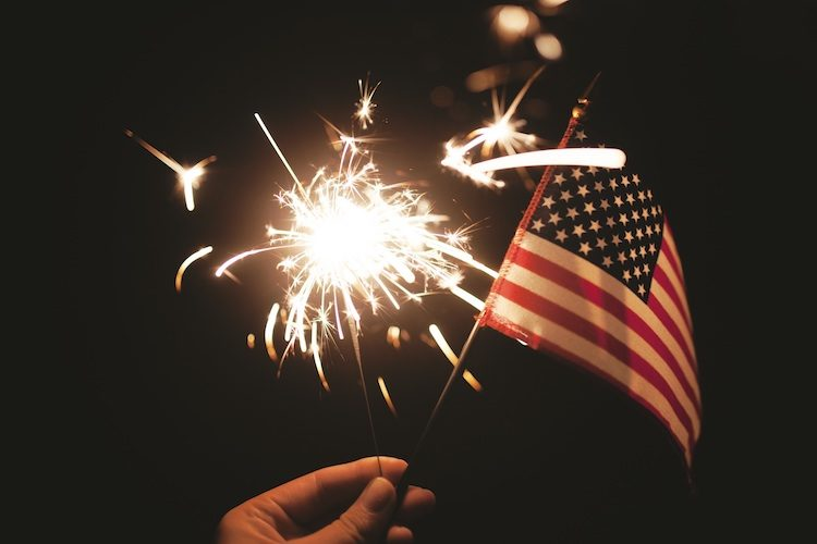독립기념일 (7월 4일)
