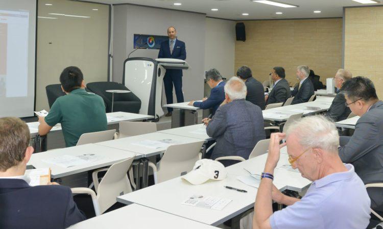 "Consul Congrats ""Korea Matters for America/America Matters for Korea"" Launch in Busan"