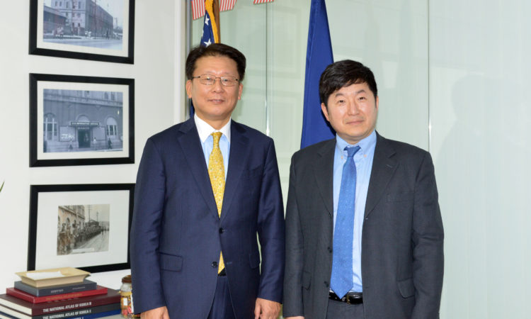 NEW INTERNATIONAL RELATIONS AMBASSADOR VISITS CONSULATE BUSAN