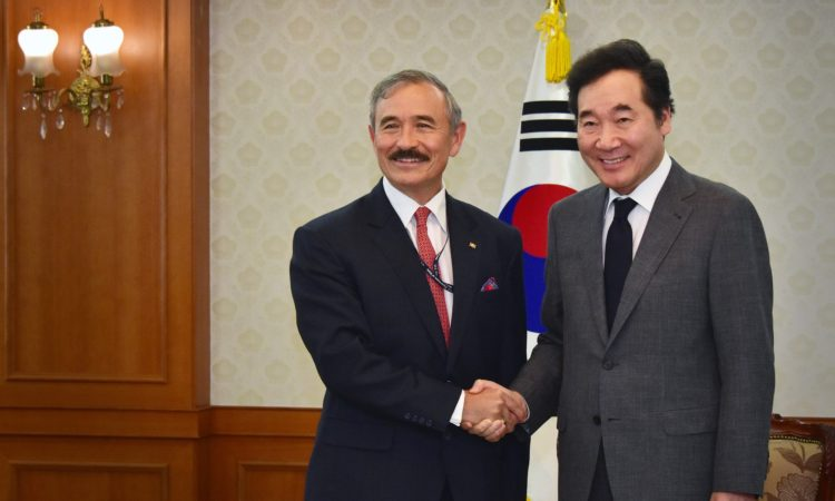 Ambassador Harry Harris Met South Korean Prime Minister Lee Nak-yeon