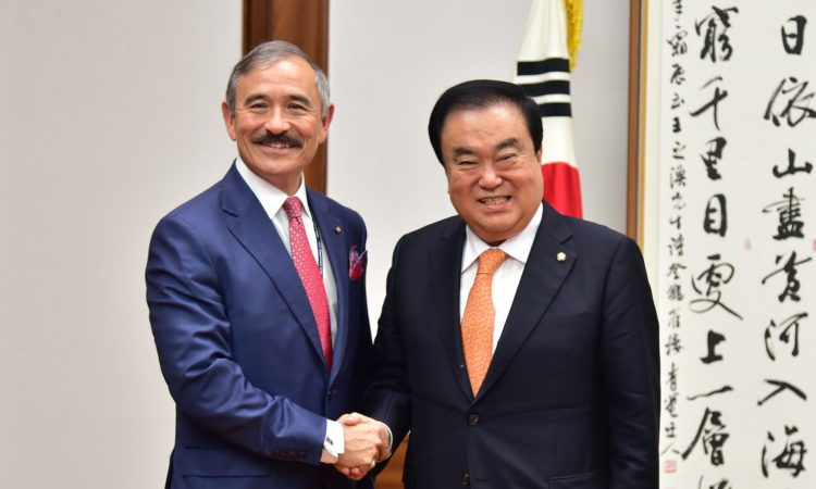 Ambassador Harry Harris Met National Assembly Speaker Moon Hee-sang