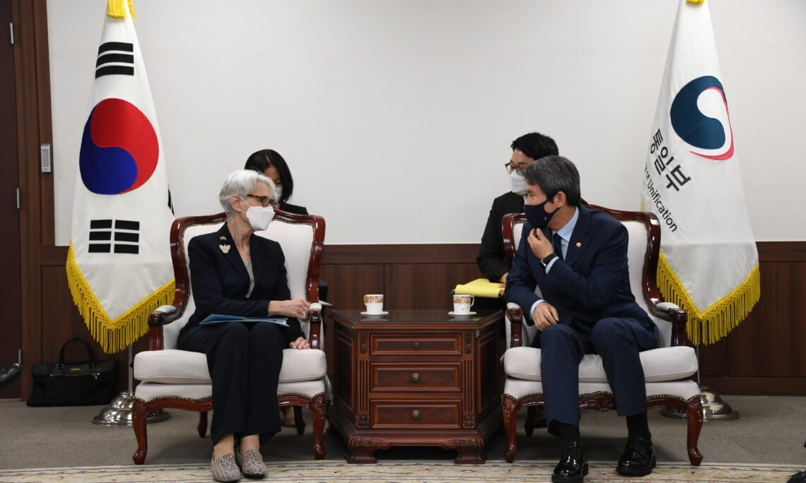 Deputy Secretary Sherman's Meeting with ROK Minister of Unification Lee In-young and ROK Vice Minister of Unification Choi Young-joon