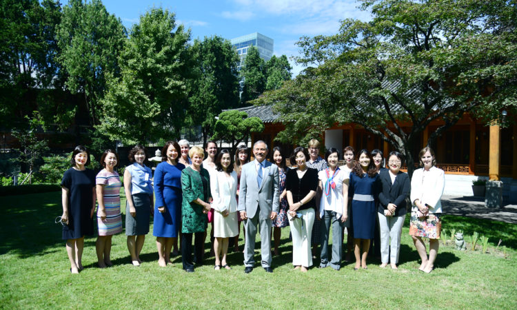 September 17, 2019 - Ambassador Harry Harris hosted distinguished female security experts at the Habib House and learned about their perspectives on current U.S.-ROK security issues.