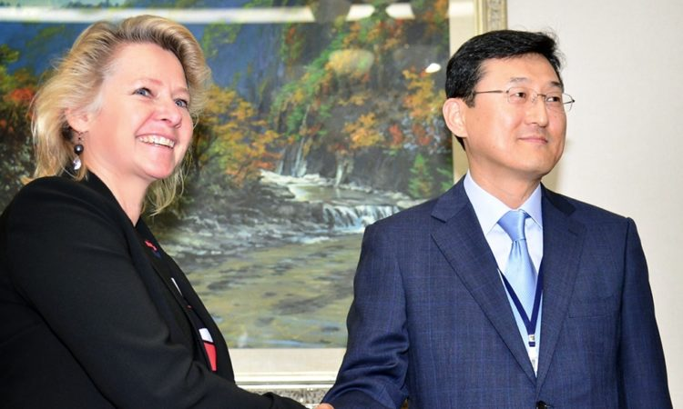 Acting Assistant Secretary Susan Thornton Meets Deputy Foreign Minister in Seoul