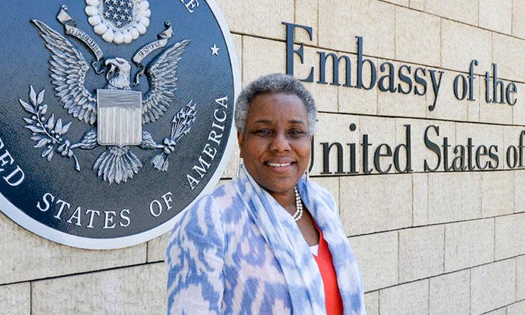 U.S. Ambassador Pamela Spratlen