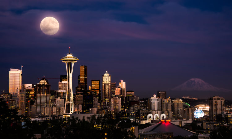 Super Moon, Seattle, Washington. Photo credit: Howard Ignatius via Flickr