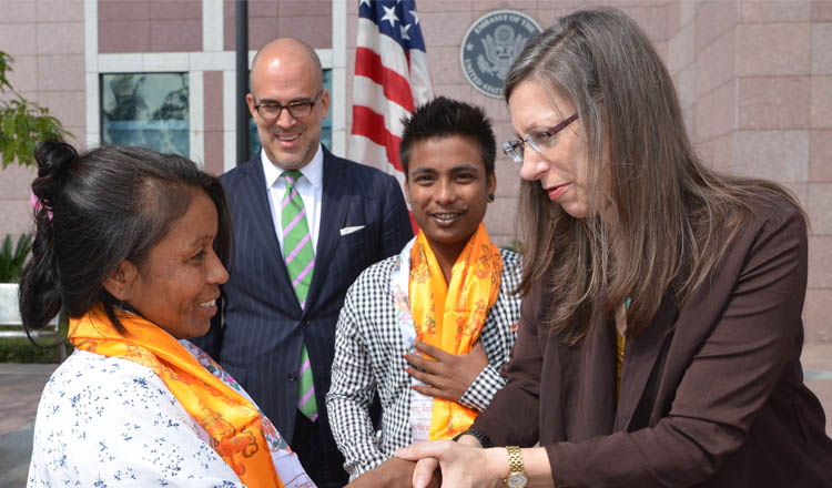 U S  Ambassador Bids Farewell to 90,000th Refugee to Resettle to the