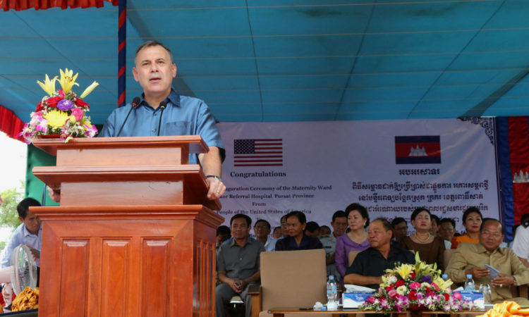 Ambassador William A. Heidt at the Dedication/Ribbon Cutting Ceremony of the Krakor Health Center in Pursat [Photo: Un Yarat]
