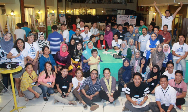 Participants of the My Lake Lanao project mark the project conclusion at the Feb. 2 project summit.