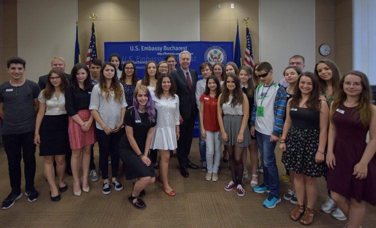 Ambassador Hans Klemm with FLEX students.