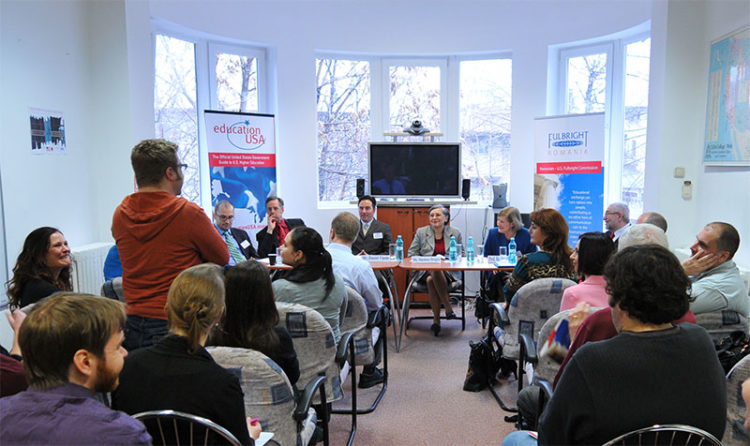 Fulbright - Education USA (Foto: Lucian Crusoveanu / Public Diplomacy Office)