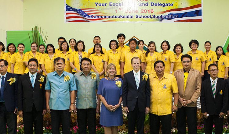 Ambassador Davies visits Suphanburi (State Dept.)