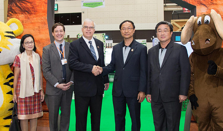 Chargé d'Affaires Peter Haymond joined the opening ceremony for the 2016 National Science and Technology Fair, which takes place from August 18 to 28 at the IMPACT Exhibition Center.