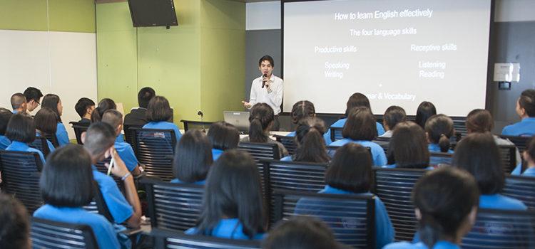 Access Microscholarship students from Ubon visited U.S. Embassy