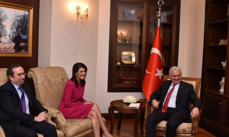 Büyükelçi Nikki Haley, Ankara'da Başbakan Binali Yıldırım ile #Suriyeli mültecilerin durumunu görüştü.