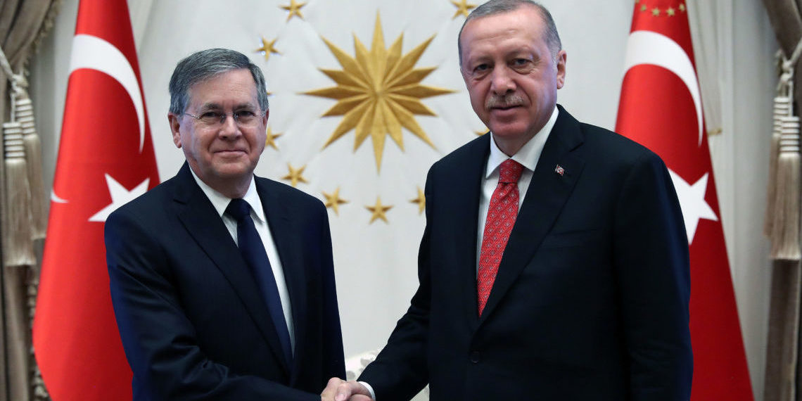 Turkish President Recep Tayyip Erdogan received U.S. Ambassador to Turkey, David M. Satterfield / Türkiye Cumhuriyeti Cumhurbaşkanı Recep Tayyip Erdoğan, ABD Büyükelçisi David M. Satterfield'ı Cumhurbaşkanlığı Külliyesi'nde kabul etti.ı Cumhurbaşkanlığı Külliyesi'nde kabul etti.