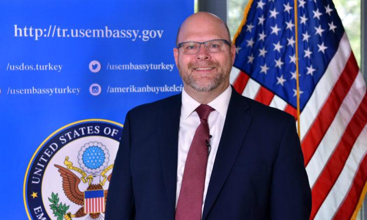 Chargé d'Affaires Jeffrey M. Hovenier