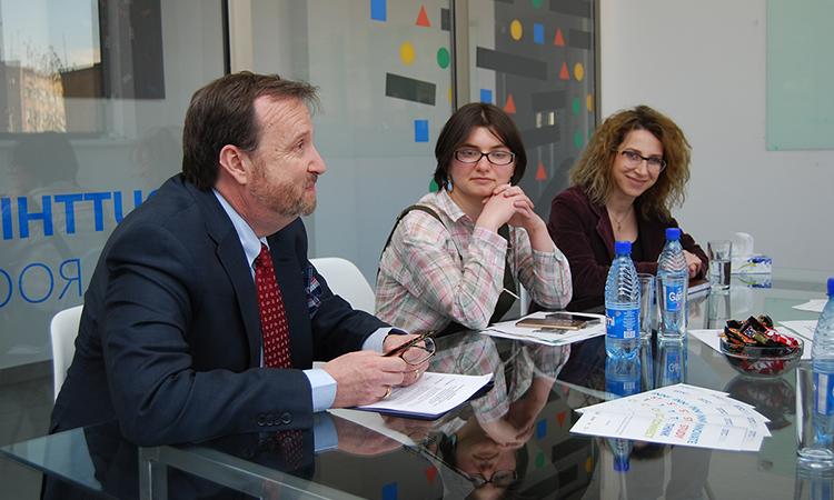 U.S. Ambassador Mills Meets with women From Armenia's IT Industry, Highlights Economic Benefits of Women's Empowerment