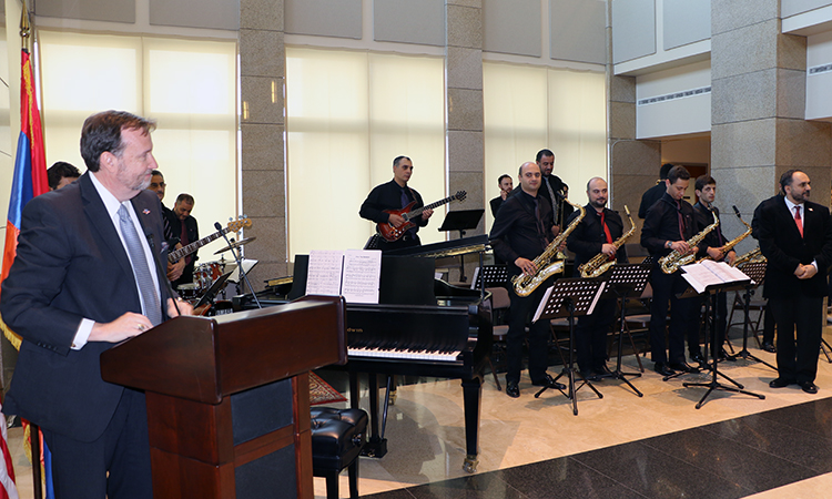 "U.S. Embassy Launches ""America on the Road"" Tour Celebrating 25 Years of Partnership with Armenia"