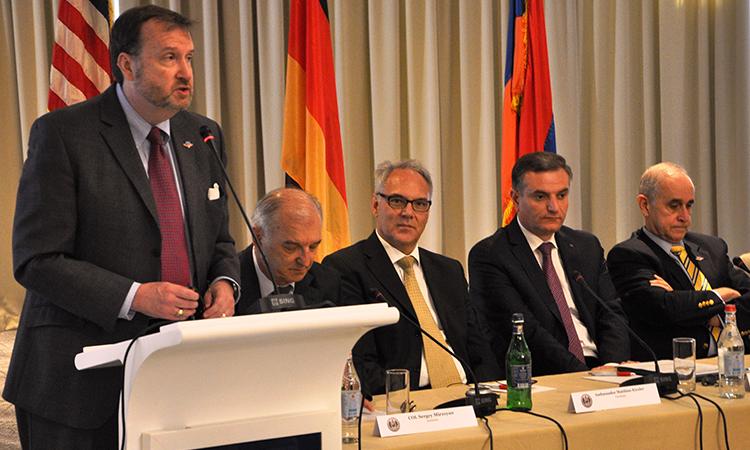 Alumni of George C. Marshall Center discuss Armenia's security challenges