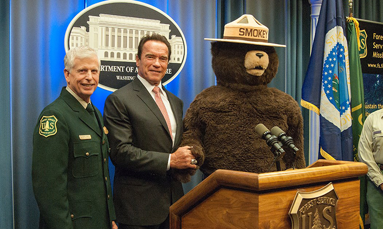 The most effective firefighter in the U.S. SmokeyBear will visit Armenia