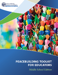 Forsiden på Peacebuilding Toolkit for folkeskoleelever. Photo: USIP