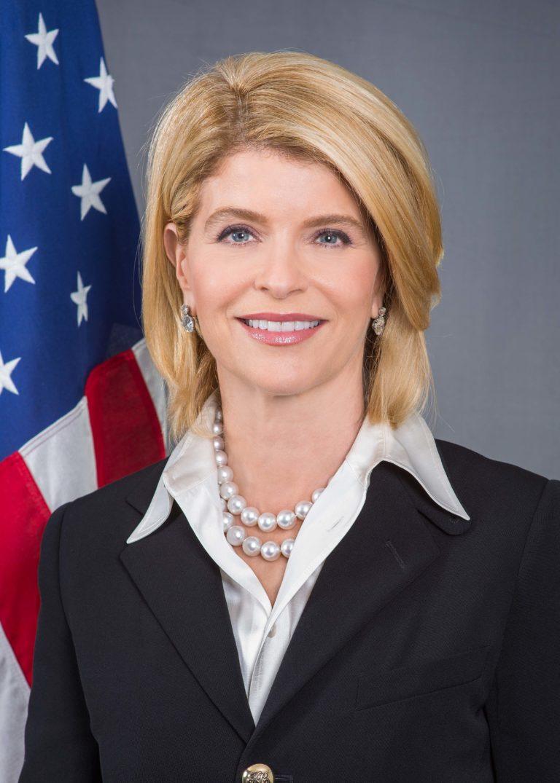 Photo of Ambassador Carla Sands